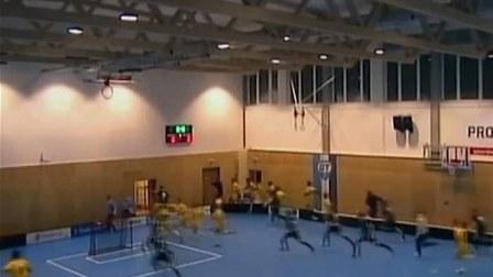 بالفيديو: انهيار سقف قاعة رياضيّة... إليكم ماذا حصل مع اللاعبين!