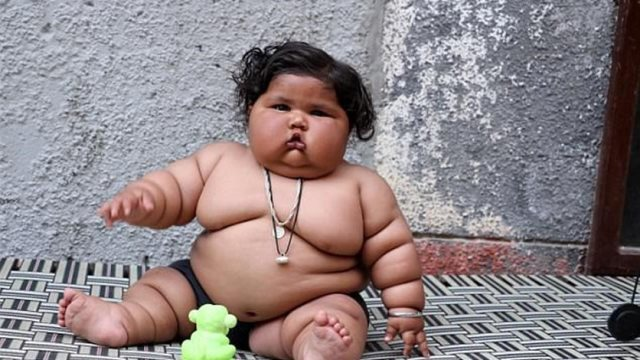 بالصور: هل هذه هي أسمن طفلة على الإطلاق؟ لن تصدّقوا وزنها!