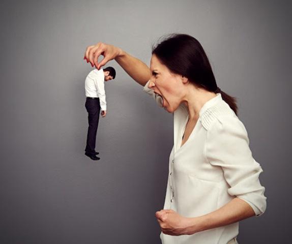 المرأة المسيطرة والمتسلّطة تطيل عمر زوجها وتحافظ على صحّته!